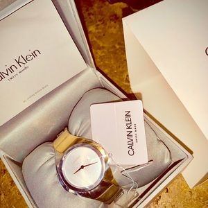 Calvin Klein Accessories - Woman Bangle Style Watch